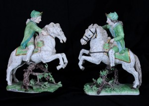 Horsemen, pair Frankenthal porcelain France, late 19th century Height: 28 cm