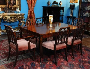 Dining table set England,1920 Mahogany ,craftsman's signature